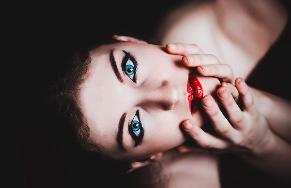 6 советов как визуально увеличить глаза легко