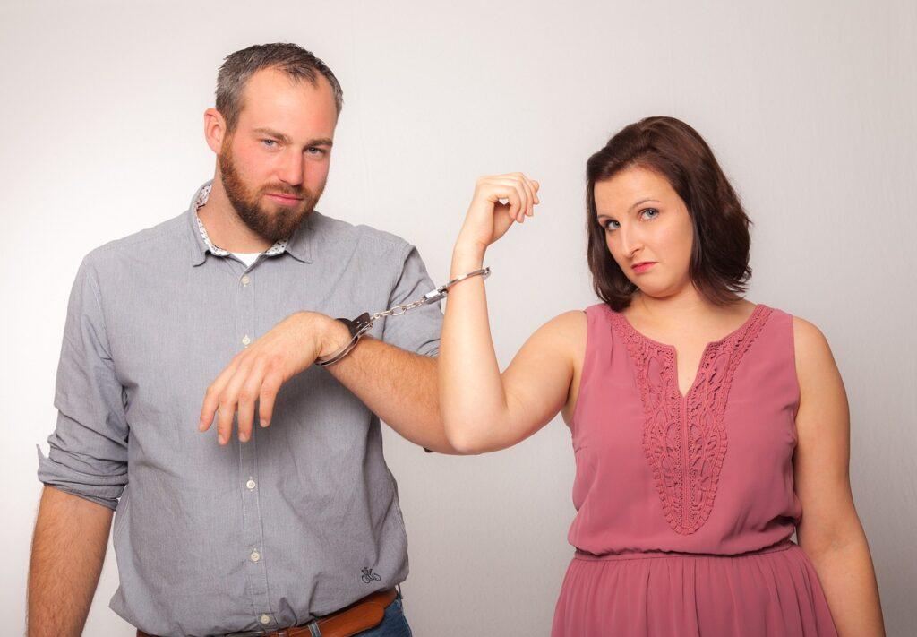 Стереотипы устаревают и негативно влияют на ваши семейные отношения, что с этим делать?